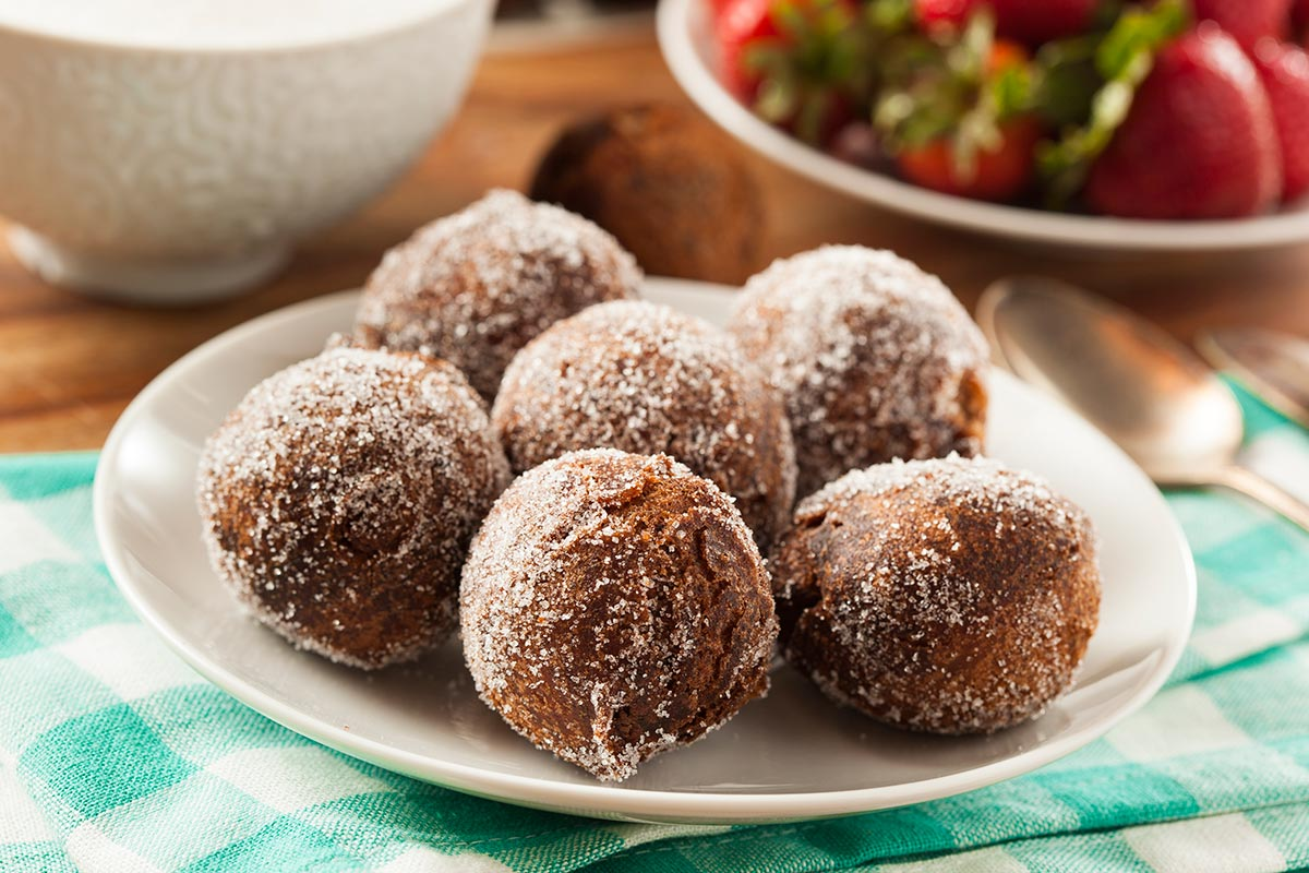 Doughnut Holes Recipe — Dishmaps